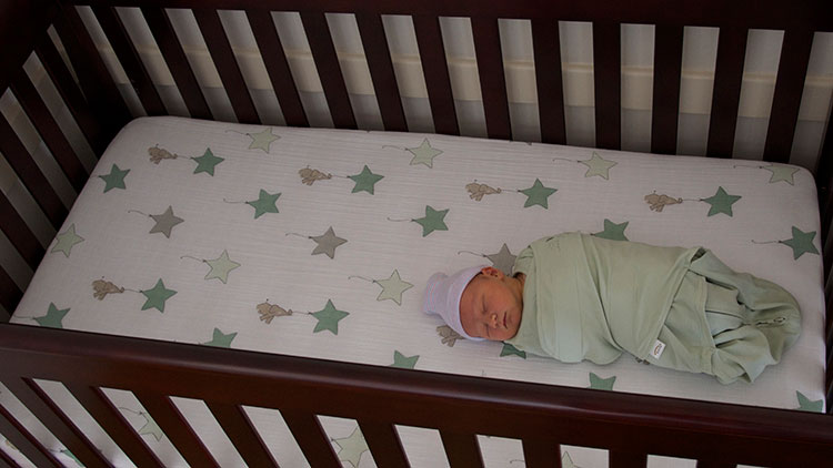 REVIEW: HALO Sleepsack Swaddle (And a Little Bit About Swaddling...)