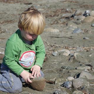 7/52 – Stones on the Beach