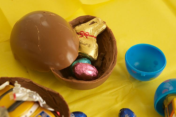 Filling-surprise-eggs