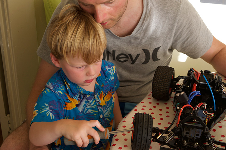 Fixing-Cars-with-Daddy