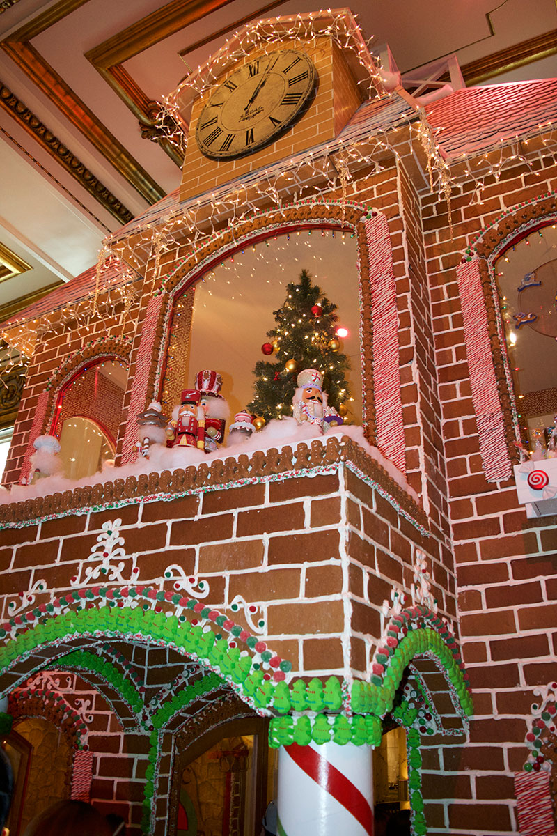 Gingerbread-House-2