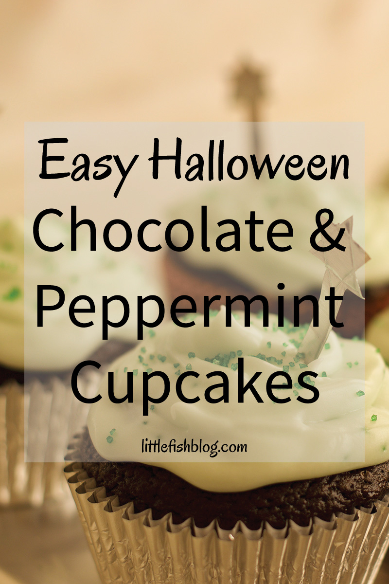 easy-halloween-chocolate-and-peppermint-cupcakes-pin