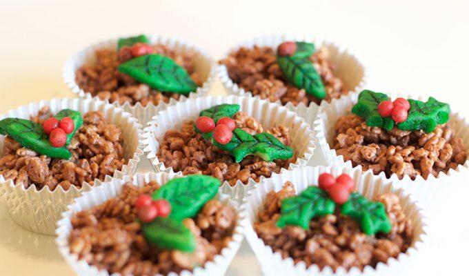 How to Make Christmas Pudding Rice Crispy Cakes