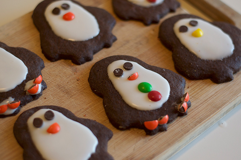 easy-chocolate-penguin-cookies-3
