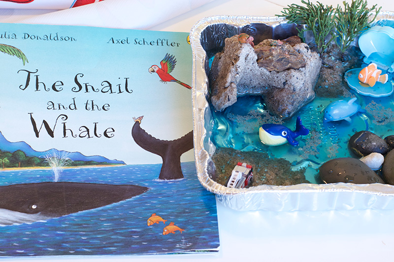Make a Snail and the Whale Ocean Tray