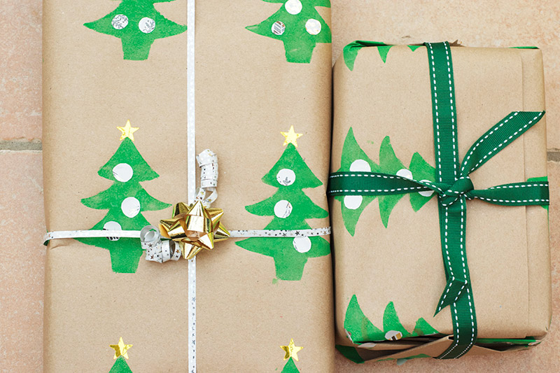 Homemade Christmas Gift Wrap (That Kids Can Make)